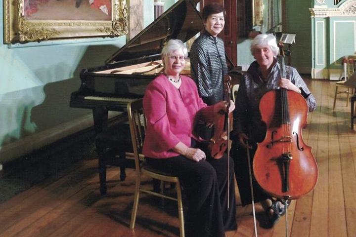 Divertimento Piano Trio