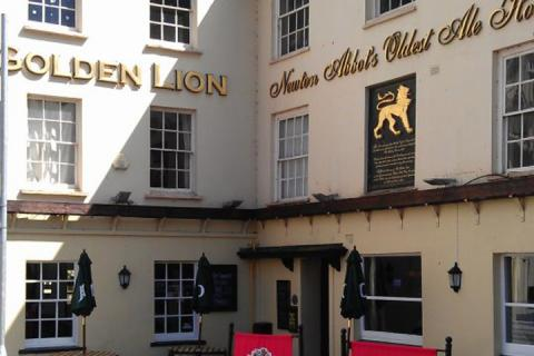 The Golden Lion, Newton Abbot