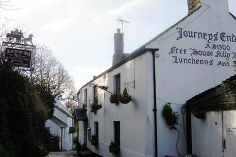 The Journeys End, Ringmore