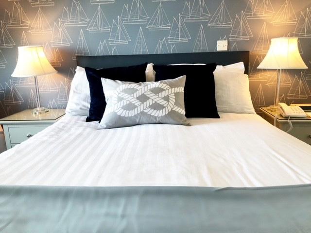 Berry Head Hotel Bedroom