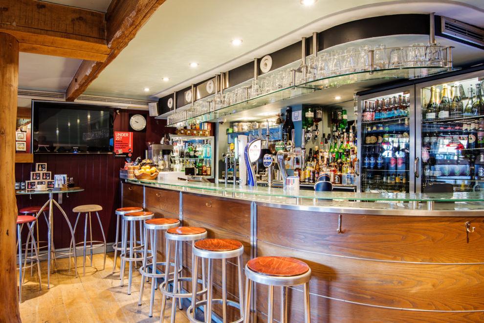 The Harbour Bar, Royal Castle Hotel