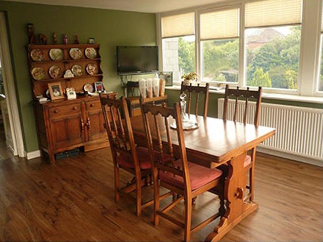 Spread Eagle B&B breakfast room