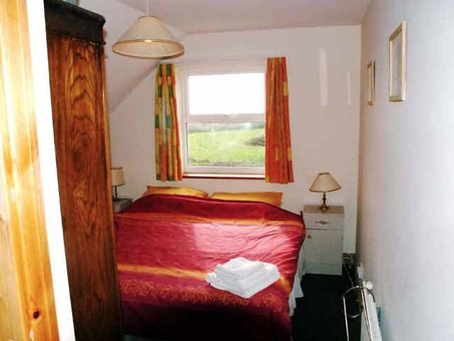 Welle House bedroom 2