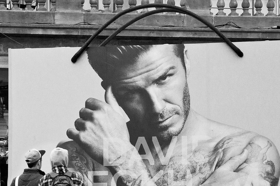RPS: Admiring Beckham © Linda Wevill