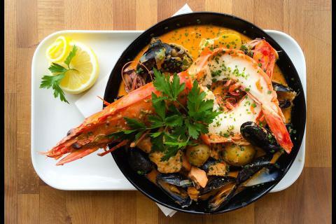Crabshell bouillabaisse, Crabshell Inn, Kingsbridge